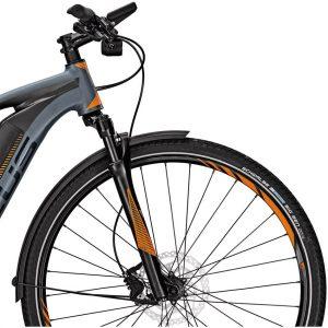 Focus Jarifa Street : équipement haut de gamme pour un vélo électrique habillé sport