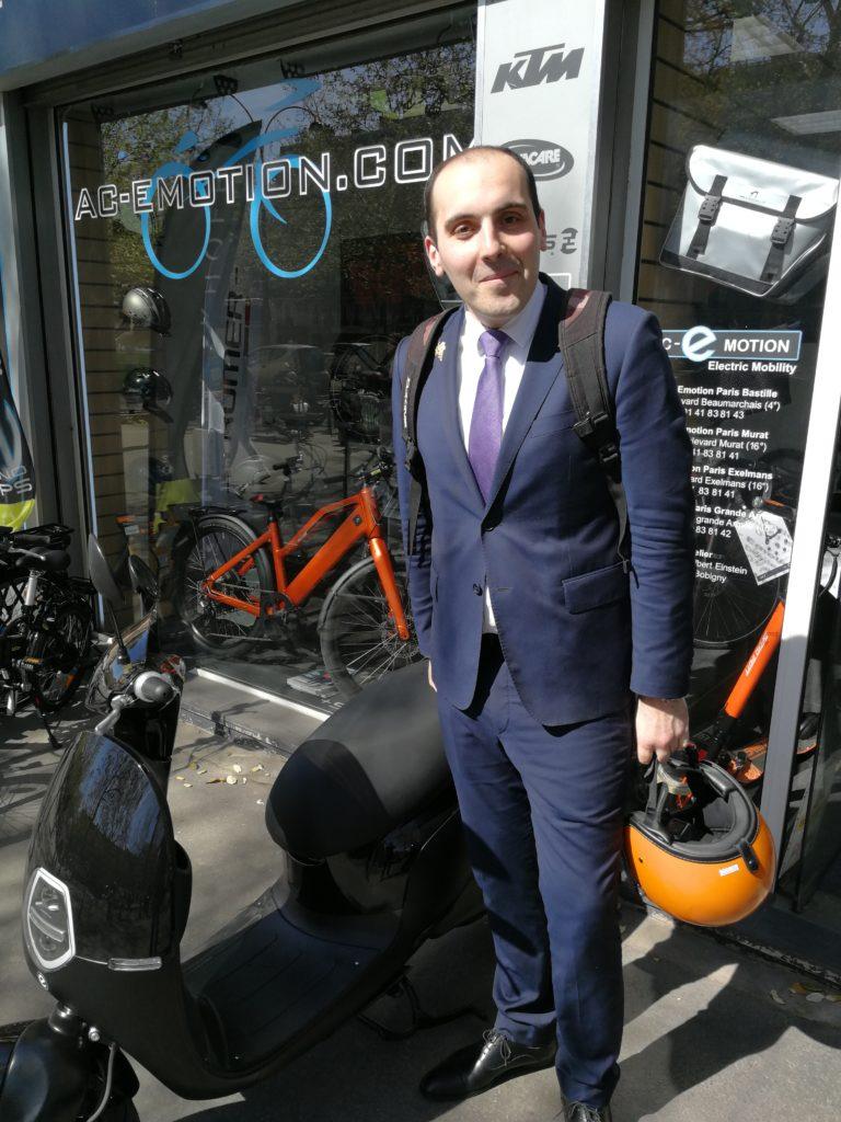 Entreprises, votre mobilité optimisée profitera à votre activité grâce aux subventions des cyclomoteurs électriques !