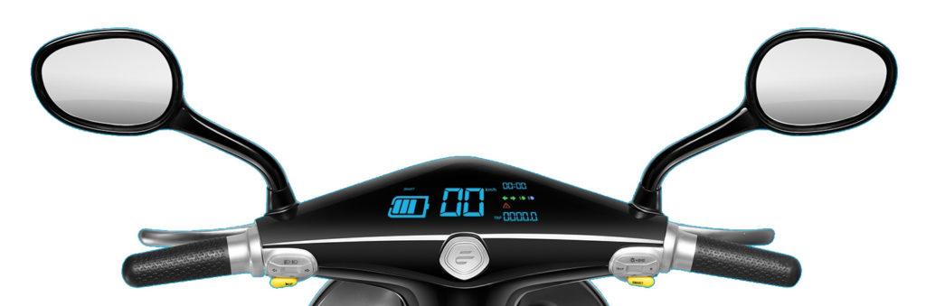 Le tableau de bord numérique du scooter AC-Emotion Ecooter